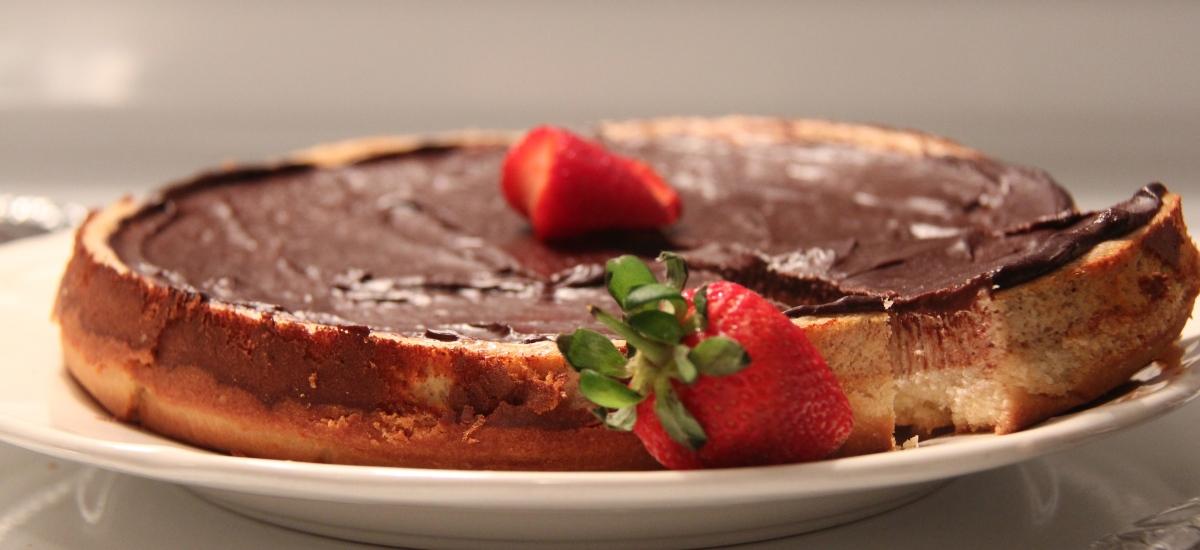تشيز كيك الشوكولاتة خالي من الغلوتين - Baked Cheescake with Chocolate topping